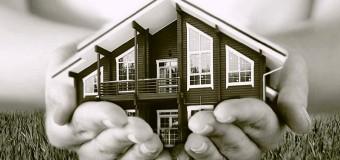 Стоит ли реконструировать старый дом или проще и дешевле построить новый?