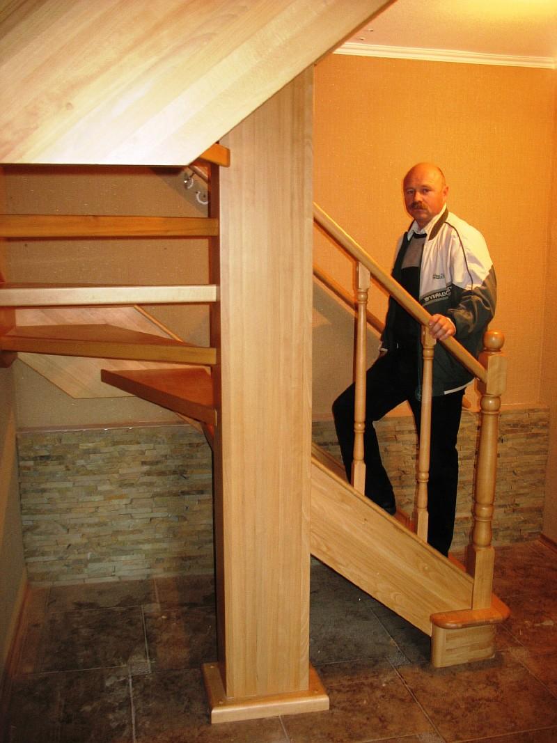 Фото 1 Лестница из бука в Харькове