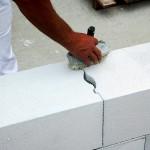 Примерный расход газобетона (пенобетона) на возведение капитальных стен и перегородок жилого дома  или хозяйственных построек