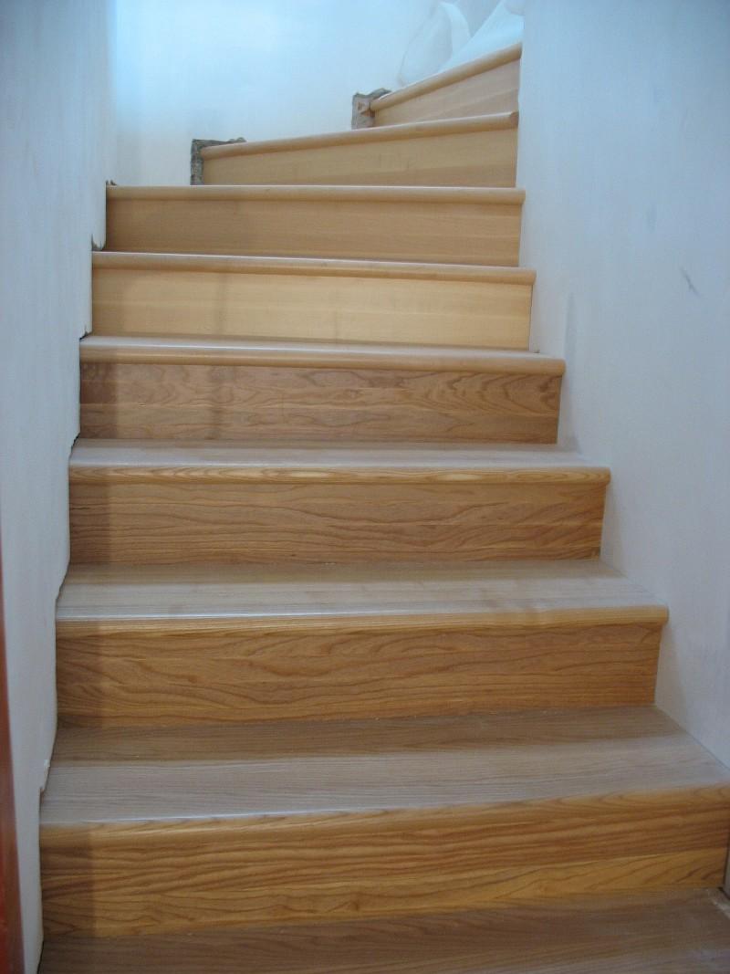 Фото 3 Деревянная лестница из ясеня в Харькове