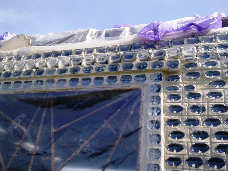 Фото 8 Стекляная перемычка над окном