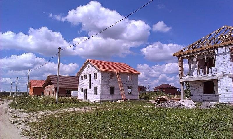 Фото 15. Вид дома после укладки обрешетки