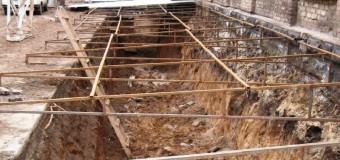 Горизонтальное и наклонное армирование грунтов в основании здания при его реконструкции