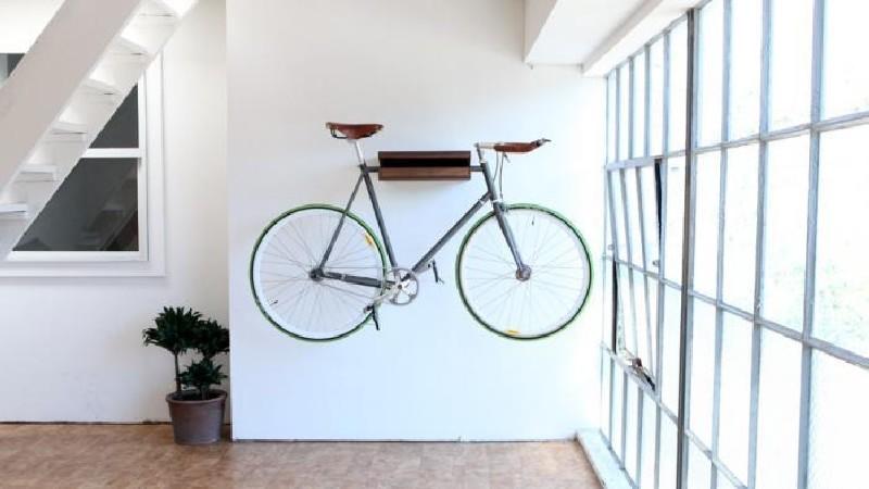 Фото 3. Велосипед в современном интерьере смотрится отлично