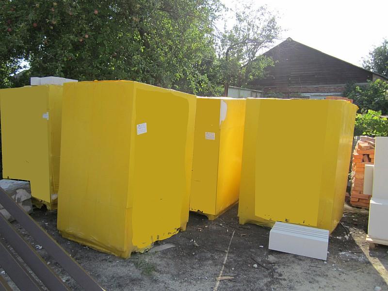 Упакованные газобетонные блоки в пачках на деревянных европаллетах