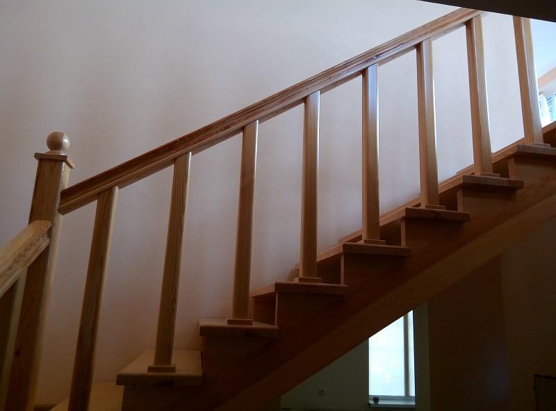 Верхний марш лестницы в законченном виде