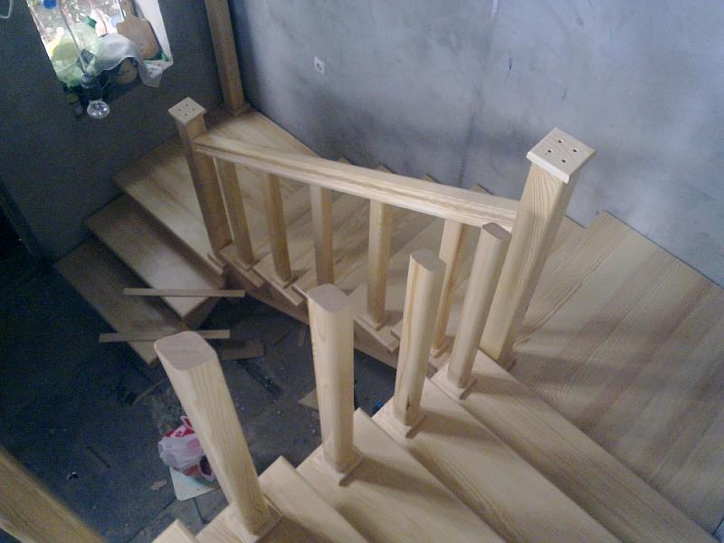 Изготовление деревянного перильного ограждения